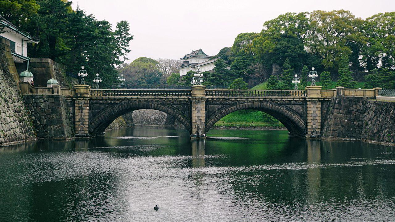 31 марта 2020. Токио, Императорский дворец